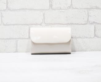 Абитуриентска чанта еко кожа /лак бежова DUUE-25927