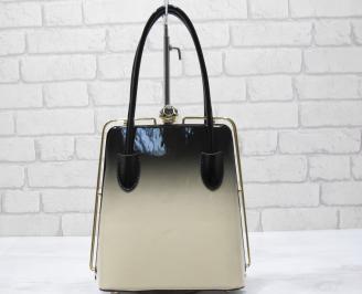 Дамска чанта еко кожа /лак бежово/черно XTOS-23434