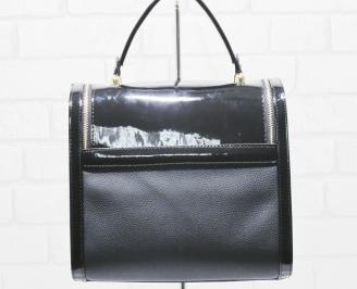 Дамска чанта еко кожа/лак черна EIKE-25483