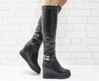 Дамски  ботуши на платформа  черни еко кожа UNHP-25533
