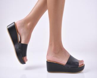 Дамски чехли на платформа черни. RKCU-1013956