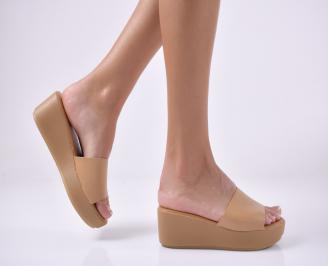 Дамски чехли на платформа  бежови. FCQG-1013957