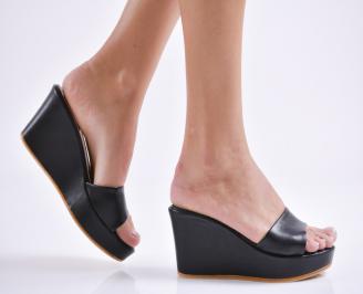 Дамски чехли на платформа еко кожа черни UFZP-23895