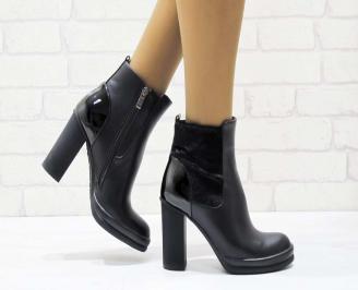Дамски елегантни боти черни от еко кожа MTSA-22356