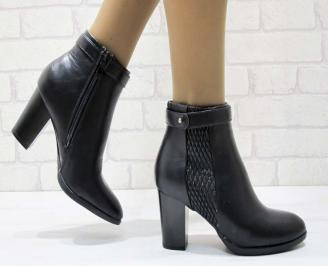 Дамски елегантни боти  черен цвят от еко кожа ONNM-22556