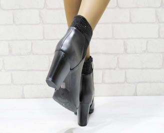 Дамски елегантни боти в черен цвят от еко кожа YJSQ-22564