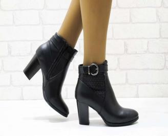 Дамски елегантни боти в черен цвят от еко кожа SCLN-22568