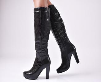Дамски елегантни ботуши черни от еко кожа QGKS-22460