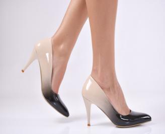Дамски елегантни обувки еко лак бежови SRNK-1011212