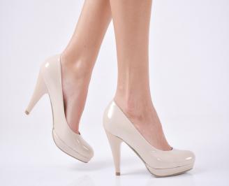 Дамски елегантни обувки-Гигант еко лак бежов VNMA-1011297