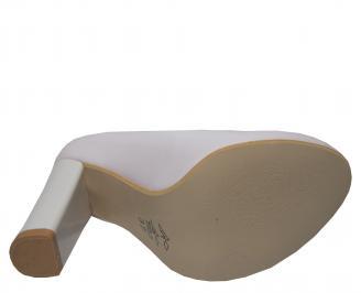 Дамски  елегантни обувки еко кожа/лак бежови BOQP-21402