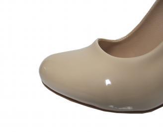 Дамски елегантни обувки еко кожа/лак бежови DMIT-21407