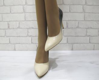 Дамски елегантни обувки еко кожа/лак бежови CBRL-23030