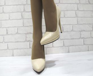 Дамски елегантни обувки еко кожа/лак бежови OIQY-23354
