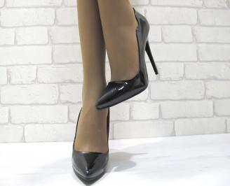 Дамски елегантни обувки на ток еко кожа/лак черни HRUC-23358