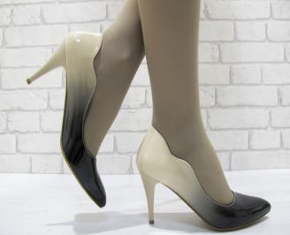 Дамски елегантни обувки еко кожа/лак бежови JHSG-23771