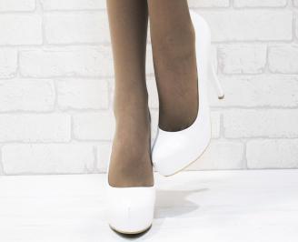 Дамски елегантни обувки еко кожа/лак бели OGMT-25369
