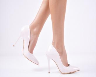 Дамски елегантни обувки еко кожа/лак светло бежови NMYQ-25710