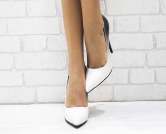 Дамски елегантни обувки еко лак/пудра QTNY-25732