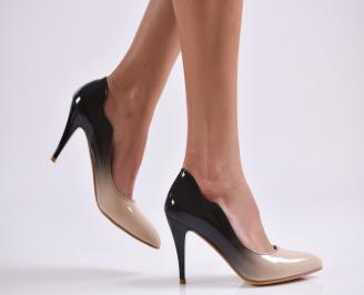 Дамски елегантни обувки еко лак бежови QRDW-25751