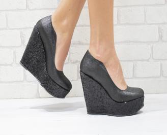 Дамски елегантни обувки на платформа  еко кожа/брокат черни WKWS-26082