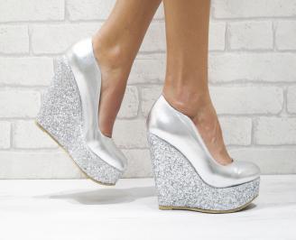 Дамски елегантни обувки на платформа  еко кожа/брокат сребристи KONO-26085