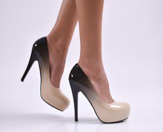 Дамски елегантни обувки еко лак бежови CAJG-26886