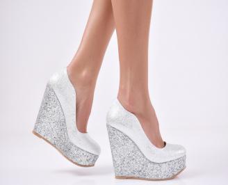 Дамски елегантни обувки на платформа  еко кожа сребристи CAAI-26993