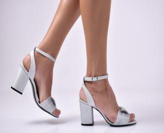 Дамски елегантни сандали текстил брокат сребристи. MIFQ-1013663