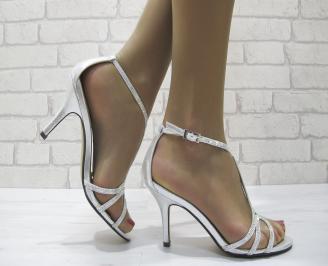 Дамски елегантни сандали на ток сребристи MOVO-22824