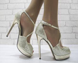 Дамски елегантни сандали на ток златисти KFOS-22826