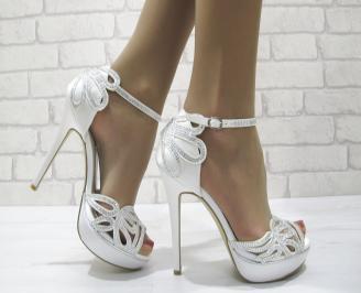Дамски елегантни сандали на ток бели NTYU-22827