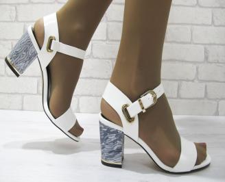 Дамски елегантни сандали бели еко кожа/лак VJFD-23326