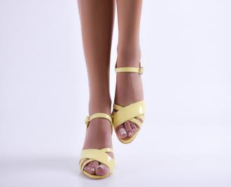 Дамски елегантни сандали еко кожа/лак жълти AWIW-24377