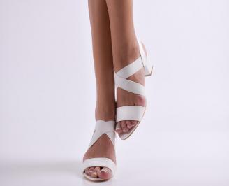 Дамски елегантни сандали еко кожа бели SMNK-24424