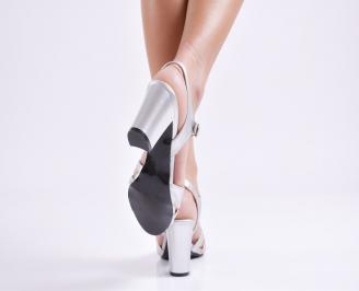 Дамски елегантни сандали еко кожа сребристи MNKW-24436