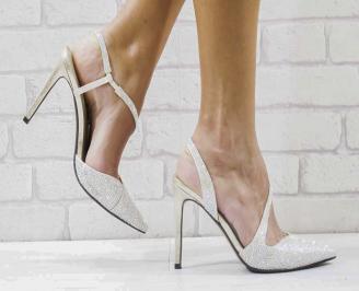 Дамски елегантни сандали  на ток златисти TWGN-26581