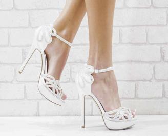 Дамски елегантни сандали  на ток бели KPGG-26590
