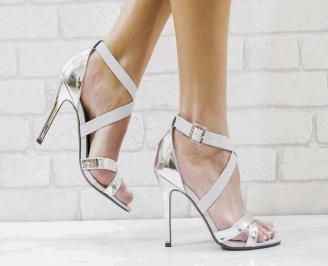 Дамски елегантни сандали  на ток сребристи BBCZ-26597