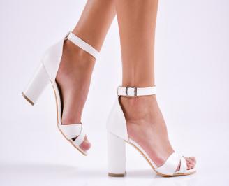 Дамски елегантни сандали еко кожа бели QNNQ-27518
