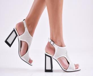 Дамски елегантни сандали еко кожа бели QMJK-27583
