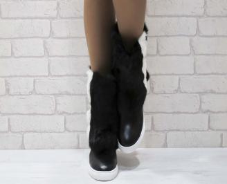 Дамски ежедневни боти черни от еко кожа с естествен пух SJUY-22233