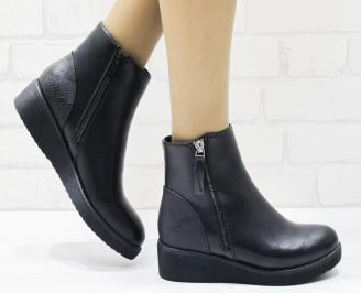 Дамски ежедневни боти в черен цвят от еко кожа OJER-22565