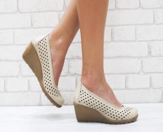Дамски ежедневни обувки бежови естествена кожа VGXR-26386
