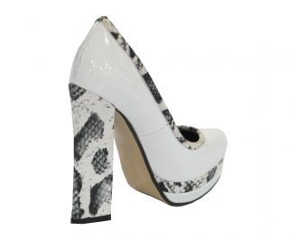 Дамски обувки еко кожа/лак бели VIWP-10525