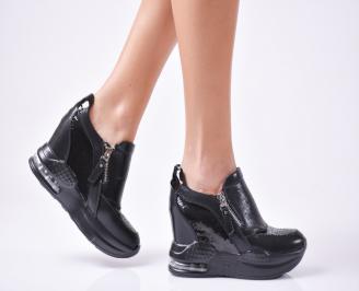 Дамски  обувки  на платформа еко кожа черни RWKT-1010036