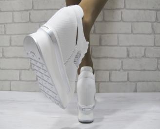Дамски обувки на платформа текстил бели DBKE-23345