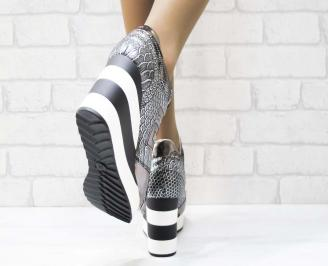 Дамски обувки  на платформа еко лак сребристи AJGJ-25157