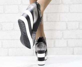 Дамски обувки  на платформа еко кожа/ лак/текстил сребристи 3