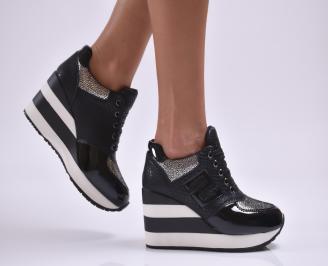 Дамски обувки  на платформа еко кожа/лак черни HOKQ-26877